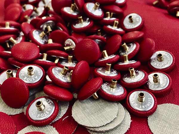 produzione-conto-terzi-bottoni